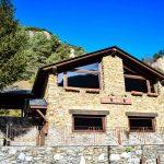 Reserva tu mesa en el restaurante Borda Xixerella en Andorra, muy cerca de Pal en Vallnord. Bordas Andorra son edificios tradicionales de Andorra